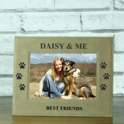 LEABRFR113L-laser-engraved-brown-leatherette-best-friends-doggy-perosnalised-5-x-7-photo-frame